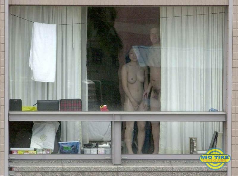 podglyadivanie-v-okna-bani
