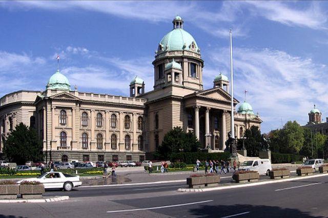 Интерпол выдал ордер на арест вице-спикера парламента Сербии