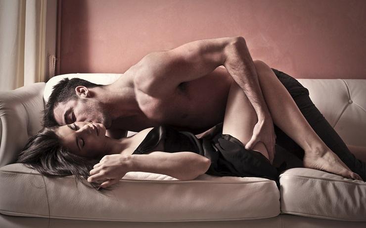 Правила занятия любовью с другом, можно ли заниматься сексом с другом