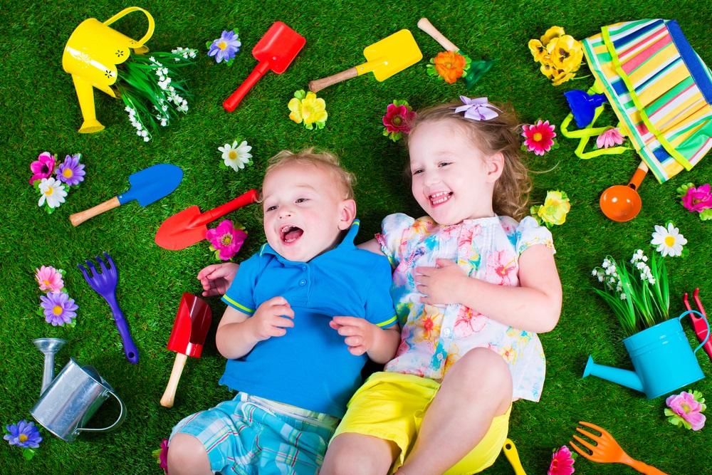 правила отдыха на даче с детьми, как отдахыть с детьми на даче