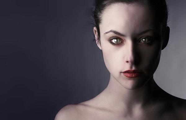 признаки того, что рядом энергетический вампир, как справиться с энергетическим вампиром