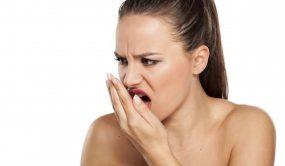 причины несвежего дыхание, как лечиться от неприятного запаха изо рта