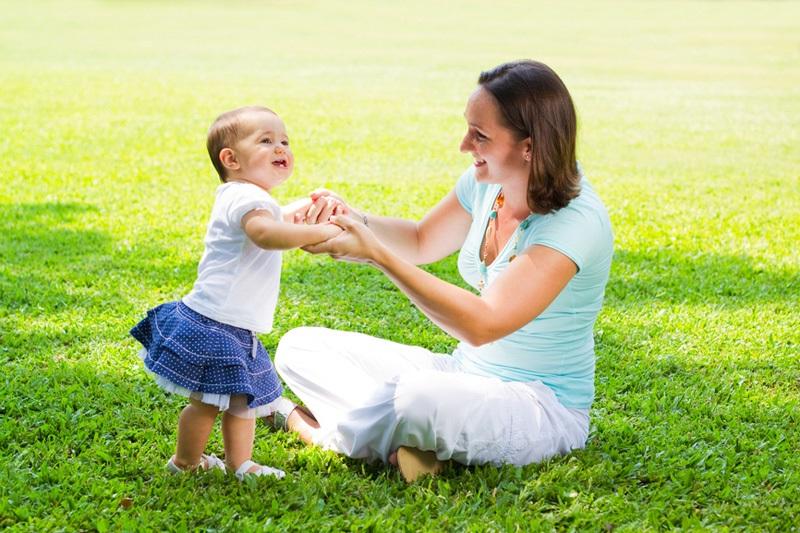 как помочь ребенку сделать первый шаг