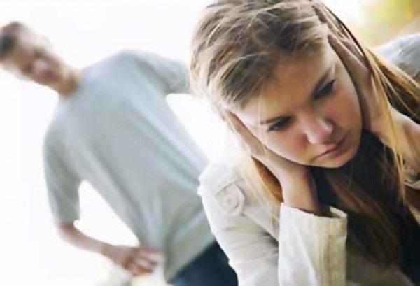 признаки психологического насилия в семье, методы борьбы с психологическим насильником