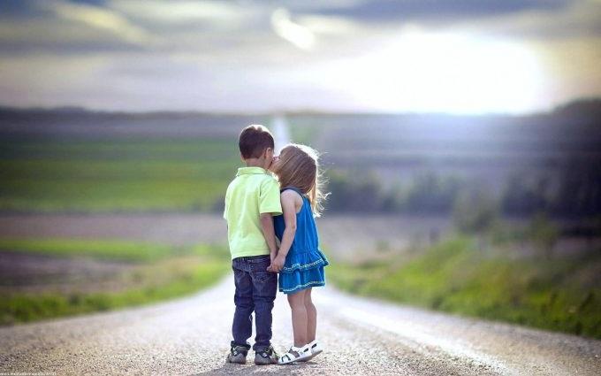 как помочь ребенку пережить первую любовь