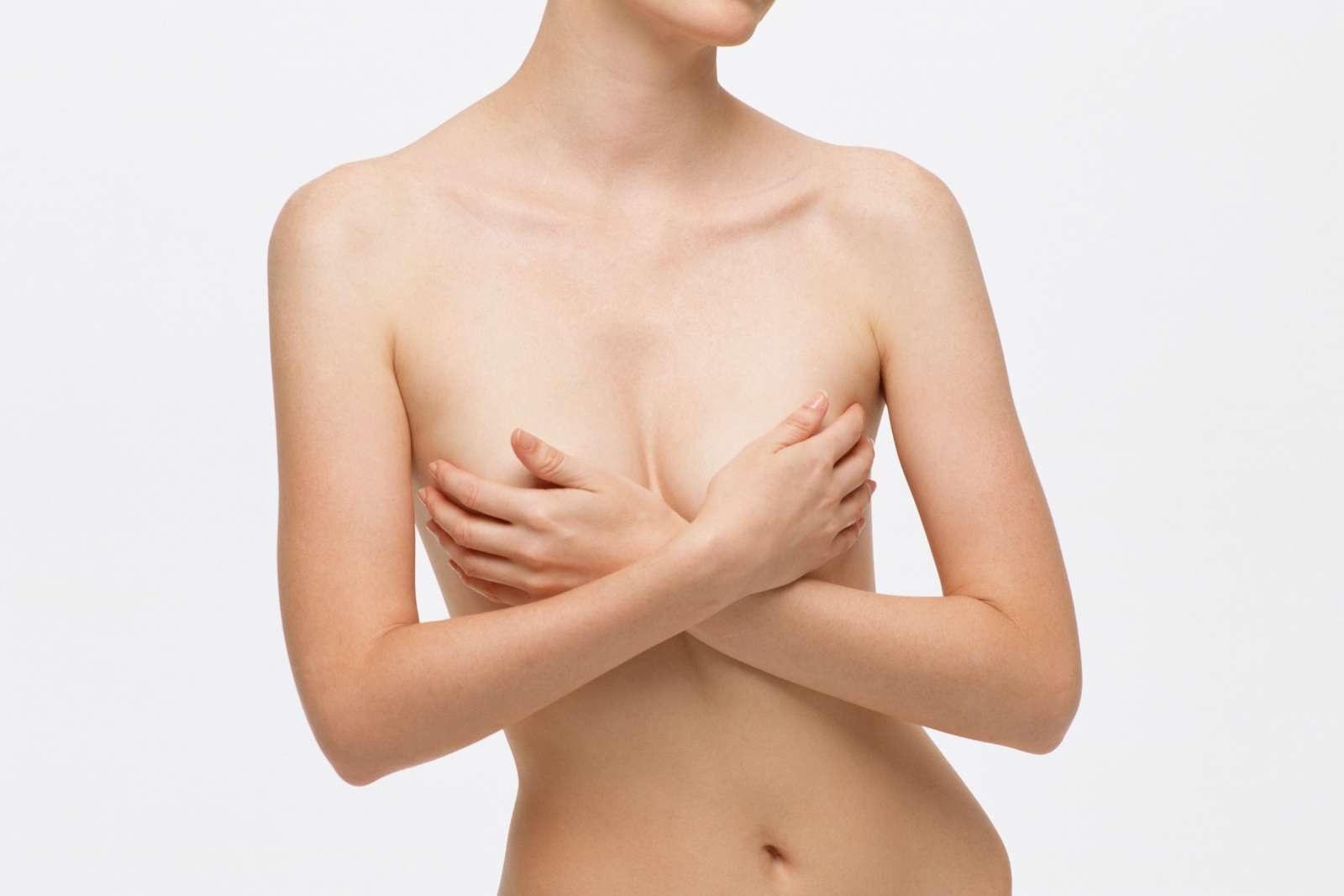 как подтянуть грудь