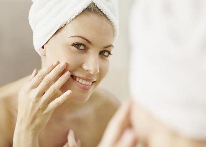 как очищать кожу утром и вечером