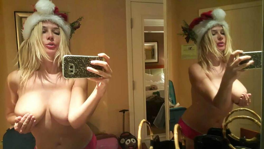 Нади Волянова поздравила с Рождеством и Новым годом