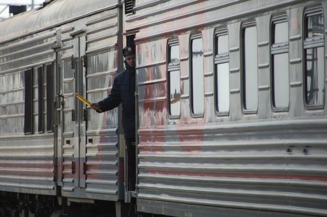 ФПК готовит закон о дебоширах в поездах дальнего следования