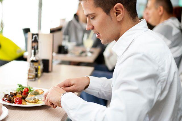 Сколько должен длиться обеденный перерыв работника?