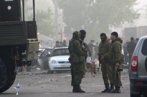 В Сети опубликованы видео спецоперации по уничтожению боевиков в Дербенте