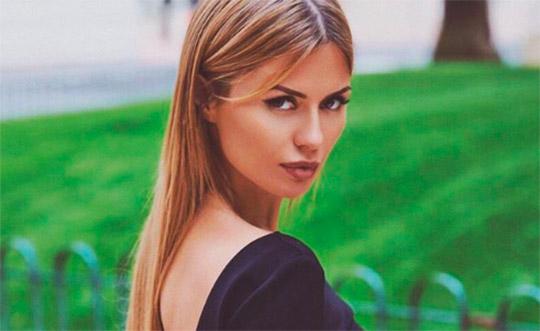 Виктория Боня лишила подписчицу денег
