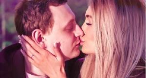 Кристину Дерябину наконец-то позвали замуж
