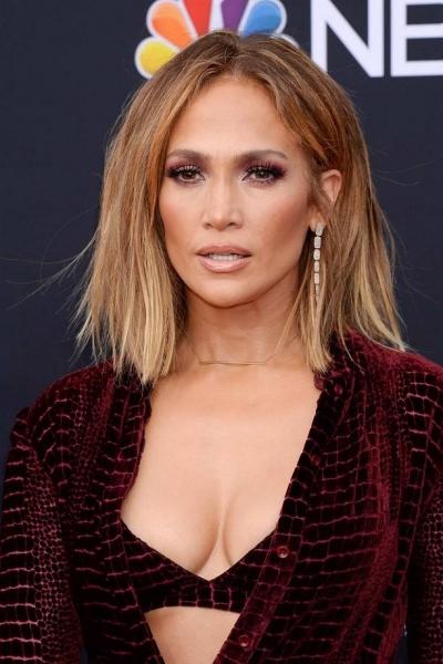 Вы сильно удивитесь, когда увидите, в чём приехала Дженнифер Лопес на Billboard Music Awards