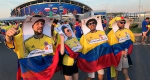 Колумбийцы сделали огромные карточки Panini, где твое лицо вместо Хамеса