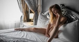 Александра Смелова в откровенной фотосессии