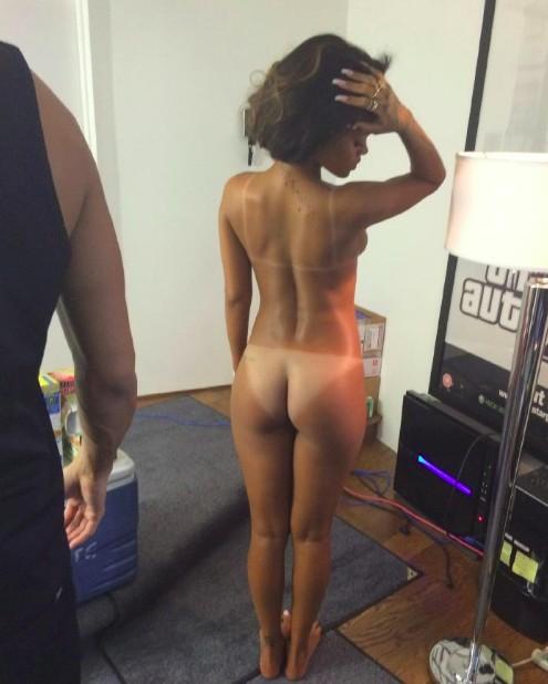 Рианна голая в сети